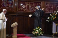 30/07/16 : JMJ, pape dans la chapelle de Ste Faustine KOWALSKA