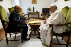 Le pape François et le sociologue Dominique Wolton