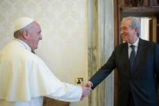 Le pape et Libero MILONE, ex-contrôleur des finances du Vatican