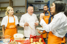 11/09/18 : Thierry MARX anime un atelier cuisine au Secours populaire.