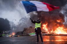 """01/12/10 : Manifestation des """"gilets jaunes"""" à Paris."""