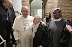 15/11/19 : Le Pape visite un centre d'accueil pour sans-abri.