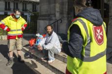 01/04/20 : Coronavirus, distribution alimentaire par l'Ordre de Malte France.
