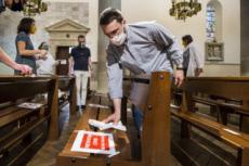 25/05/20 : Aménagement d'une église suivant les mesures sanitaires.
