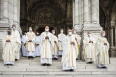 08/06/20 : Covid-19, prière des évêques de France au Sacré Coeur.