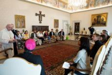 03/09/20 : Le Pape reçoit 16 français engagés pour l'écologie.