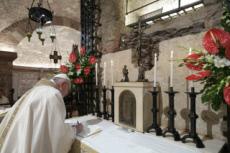 03/10/20 : Signature de la troisième encyclique du Pape.