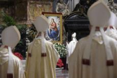 24/12/20 : Messe de minuit en la basilique St Pierre au Vatican